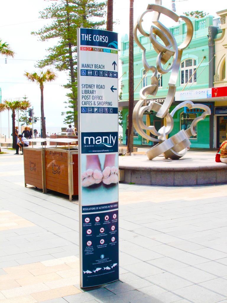FlexiSign totem Manly wayfinding sign the corso